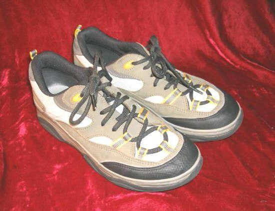 Like New Kedsport KS Sneakers Tennis Shoes 7.5