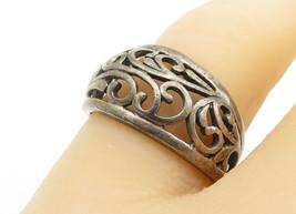 925 Sterling Silver - Vintage Dark Tone Baroque Swirl Band Ring Sz 7 - R... - $26.14