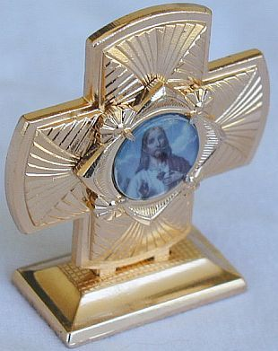 Mini Cross statue A