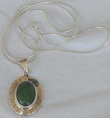 Green agate pendant B