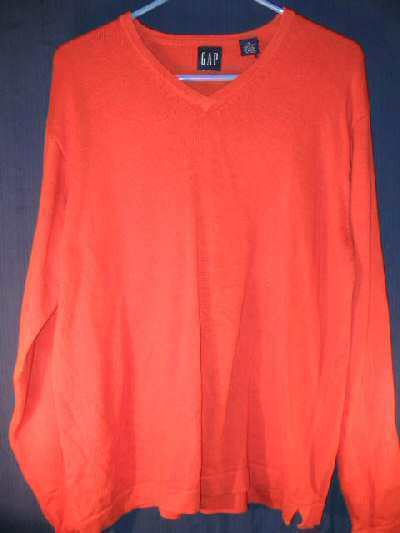 Mens GAP Sweater Sz M thick cotton V-Neck Shirt
