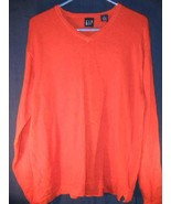 Mens GAP Sweater Sz M thick cotton V-Neck Shirt - $18.95