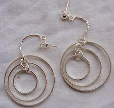 Double round hoop earrings thumb200