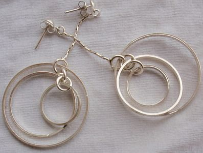 Double rounds hoop earrings