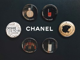 LIMITED EDITION AUTHENTIC CHANEL VIP COCO GAME CENTER BROOCH PIN SET RARE  image 1