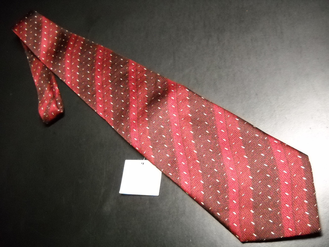 Primary image for Keith Daniels Neck Tie Red Diagonal Stripes Never Worn and Unused with Tag