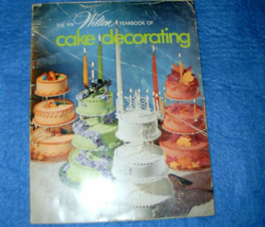 Primary image for 1974 Wilton Yearbook of Cake Decorating