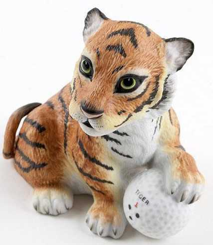 "Boehm Porcelain ""Tiger on the 18th Hole"""