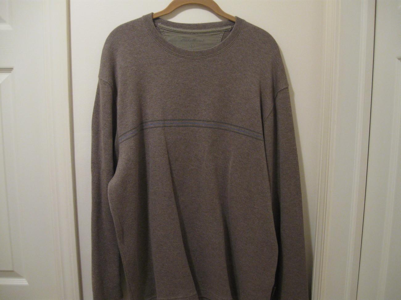 MANS EDDIE BAUER light weight sweater (L)