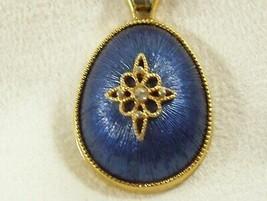 Avon Satin Sapphire Blue Teardrop Pendant Necklace Star Design Gold Plat... - $12.82