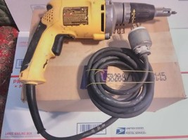 DeWalt 6.3-Amp, 4000 RPM High-Speed VSR Drywall Screw Gun-DW272- SN: 884088 - $59.39