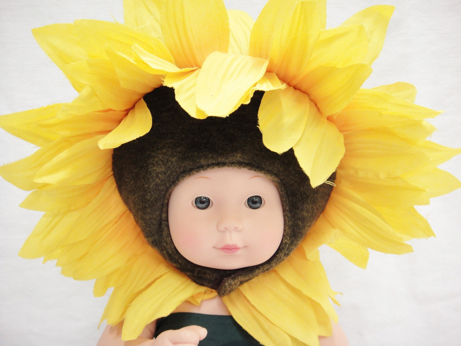 ... Anne Geddes Doll Sunflower Baby 2000 Unimax Jointed Body Adorable ...  sc 1 st  Bonanza & Anne Geddes Doll Sunflower Baby 2000 Unimax and 50 similar items