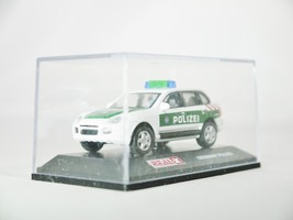 Real x collection 1 72 germany polizei car 512   porsche cayenne patrol car   09 thumb200