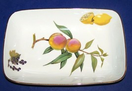 "LOVELY ROYAL WORCESTER PORCELAIN EVESHAM GOLD 10"" RECTANGULAR BAKER - $33.65"
