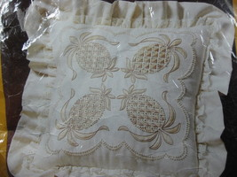 Colonial Welcome 0465 Embroidery Pillow Kit Creative Circle Eugenia Parf... - $14.97