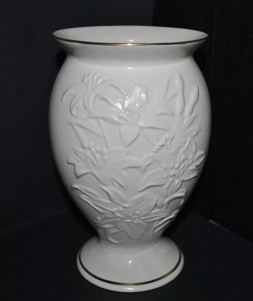 Vintage lenox lily porcelain cream flower and 50 similar items floridaeventfo Image collections