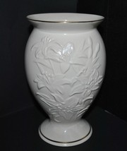 Vintage Lenox Lily Porcelain Cream Flower Vase with Gold Trim - $14.95