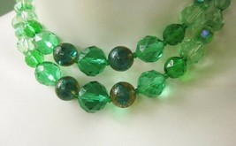 GREEN CRYSTAL or GLASS and MARBLEIZED BEADS DOUBLE STRAND COLLAR NECKLAC... - $5.70