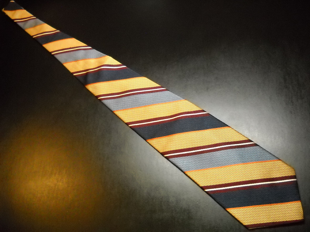 Brooks Brothers Makers Neck Tie Diagonal Stripes Golds Blues Silk Woven in Italy
