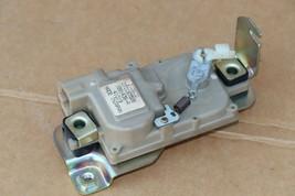 04-08 Nissan 350Z Convertible Tonneau Storage Cover Lock Release Actuator image 1