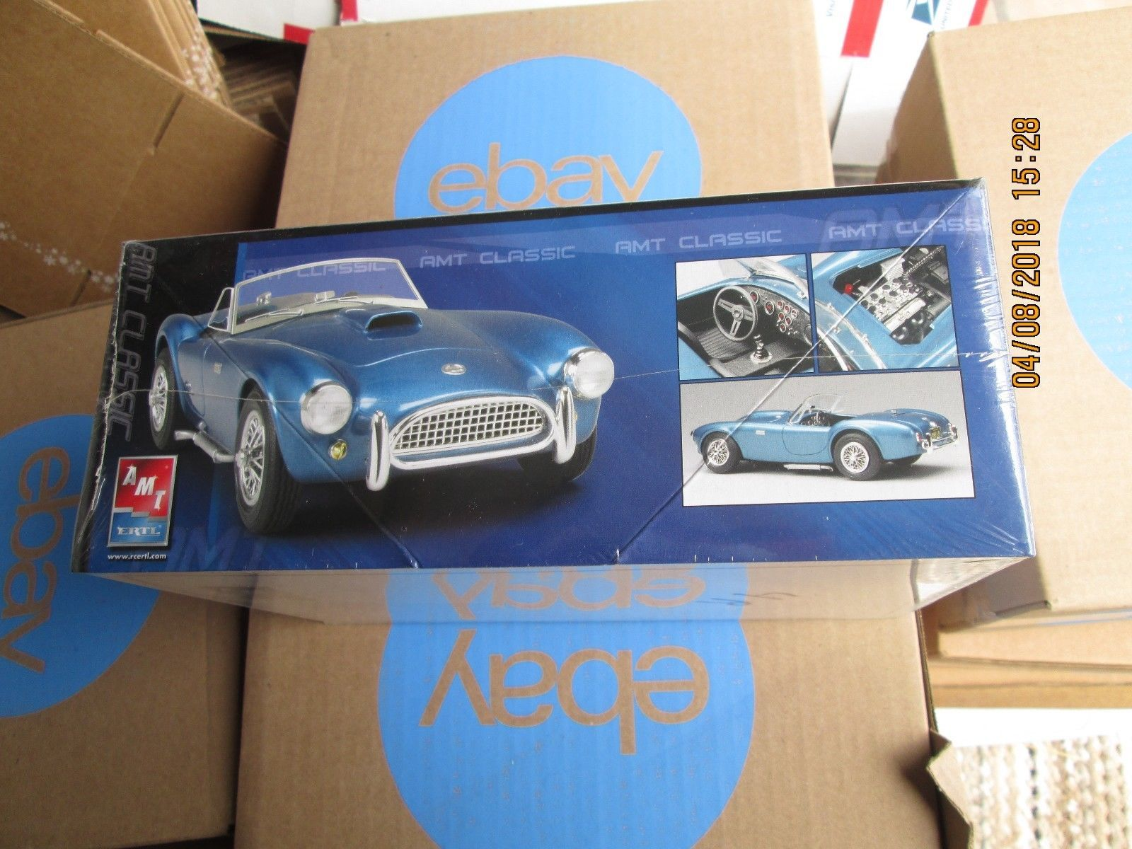 AMT 1963 Shelby Cobra 289 1/25 scale