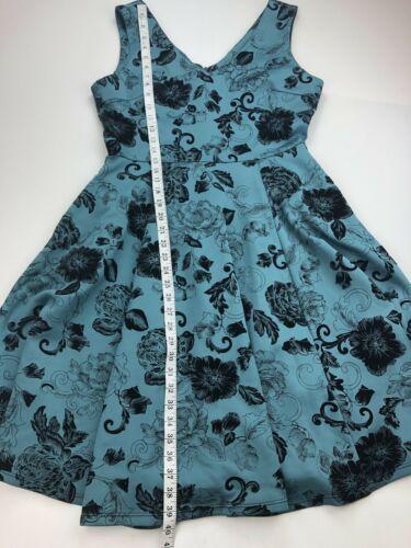 Eva Rose Women Dress Medium ? Blue Floral Velvet Fit And Flare Sleeveless A94-12