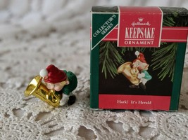 Hallmark Keepsake Hark It's Herald Christmas Ornament 1992 image 2