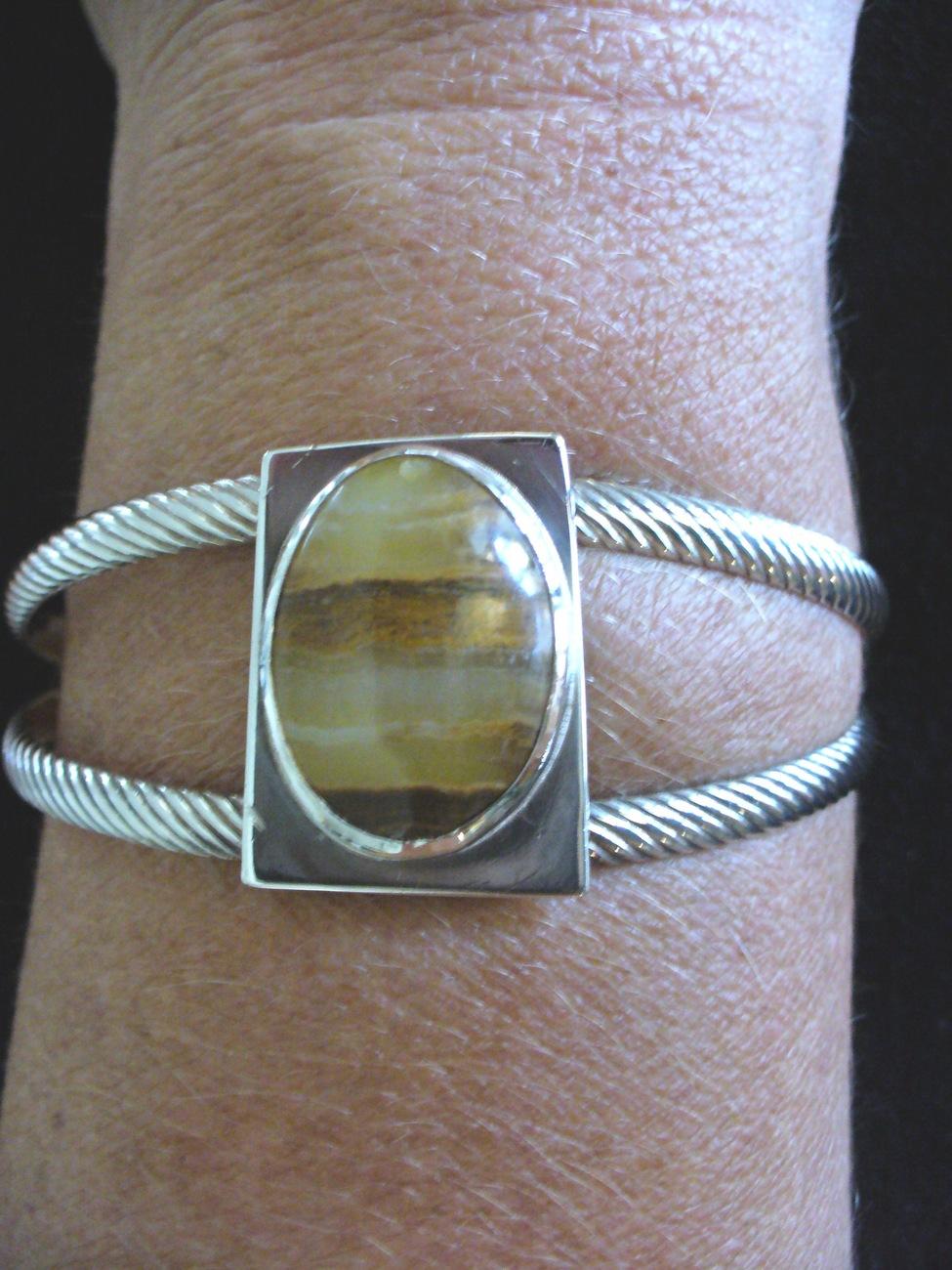 Shanrocks Sterling Silver Agate Cuff Bracelet