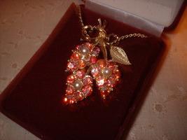 Vintage Jewelry  AB Pendant & Chain - $16.99