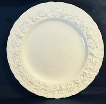 Vintage Wedgewood Etruria & Barlaston Queensware Ivory Shell Edge - Sala... - $11.21