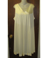 Vanity Fair Short Nightgown Size XL (Extra Large) Yellow - $15.99