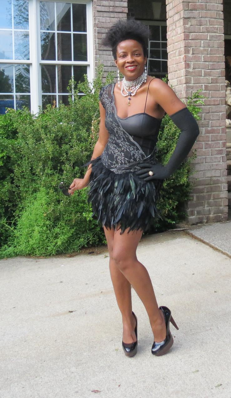 New Sold out designer BEBE Kardarshian Black One Shoulder Feather dress gown S-6