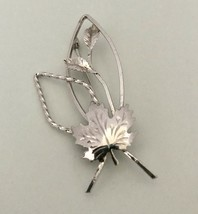 Vintage Maple Leaf  Brooch Pin Sterling Silver Marked J0166 - $15.19