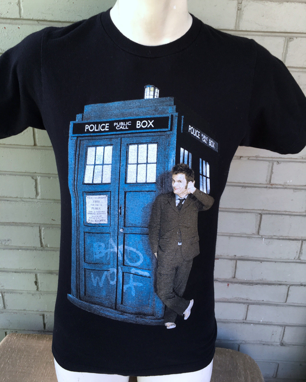 Dr. Who Tardis Ripple Junction Small T-Shirt