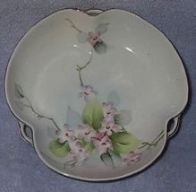 Nippon apple blossoms1 thumb200