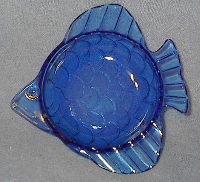 Blue glass fish1