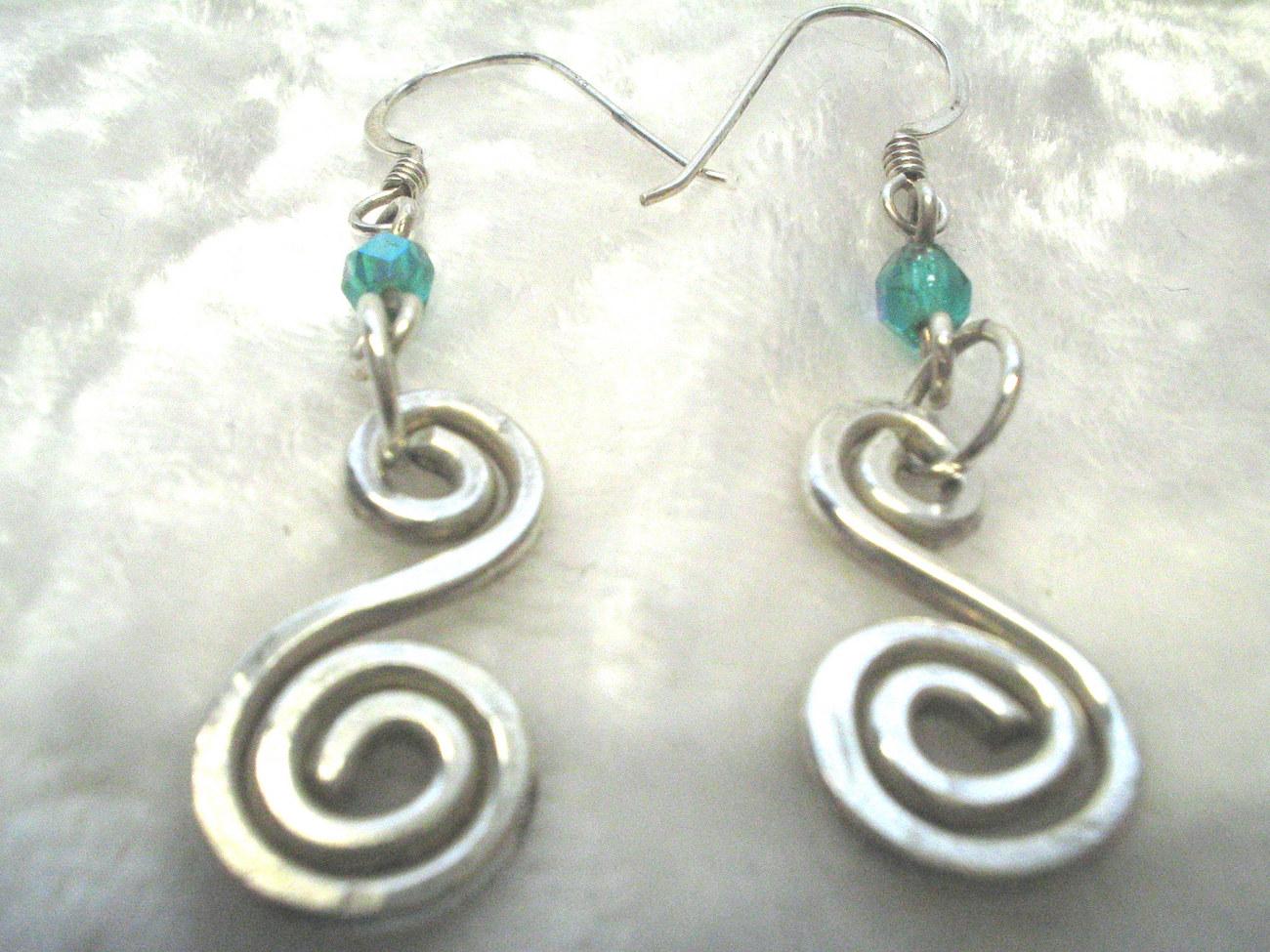 Swirl ears