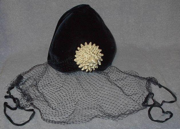 Black veil hat1