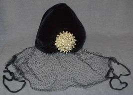 Black veil hat1 thumb200