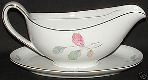 Gravy boat with underplate