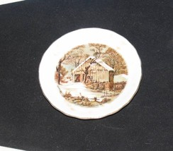 TINY COLLECTOR PLATE CURRIER & IVES THE OLD HOMESTEAD IN WINTER COUNTRY ... - $10.40
