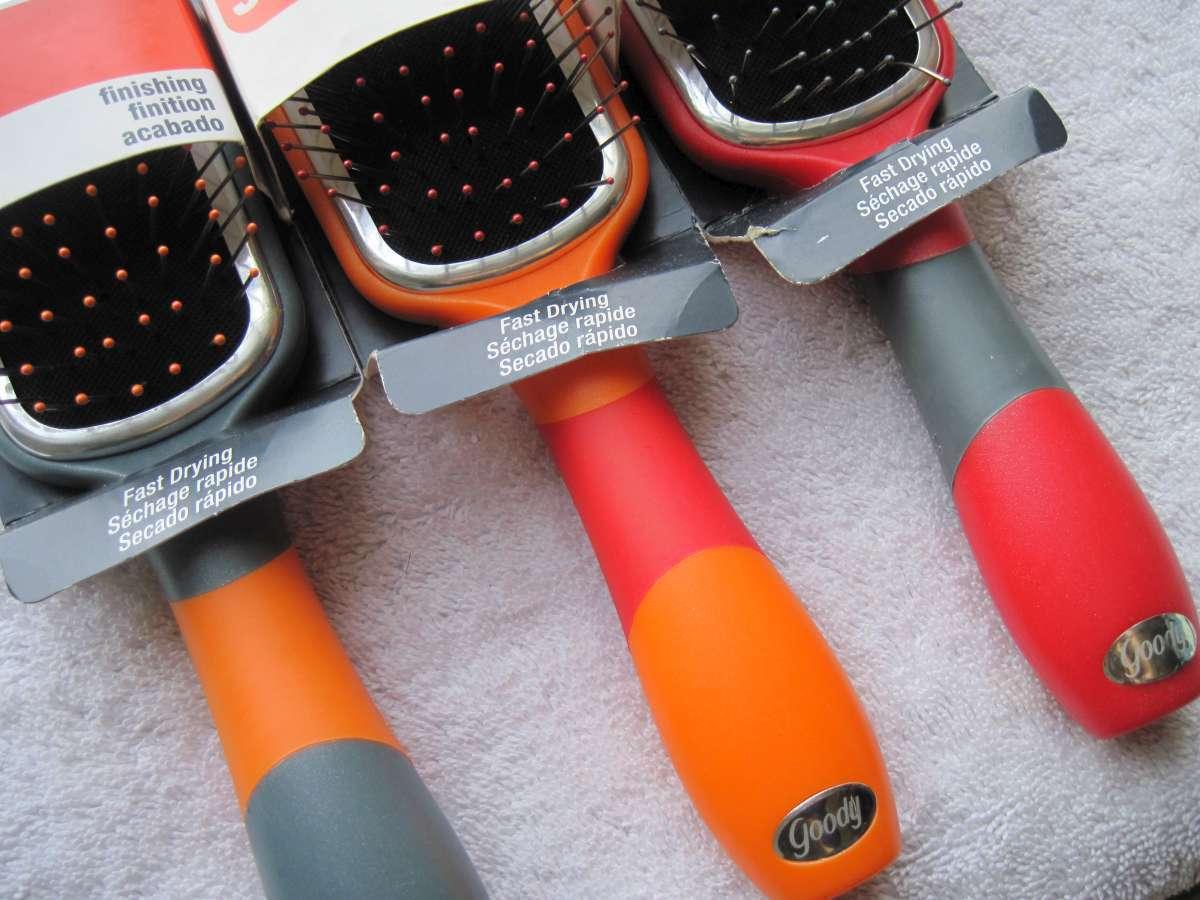 ONE Goody So Sleek Finishing Fast Drying Oval Hair Brush Stiff Metal Pin Bristle