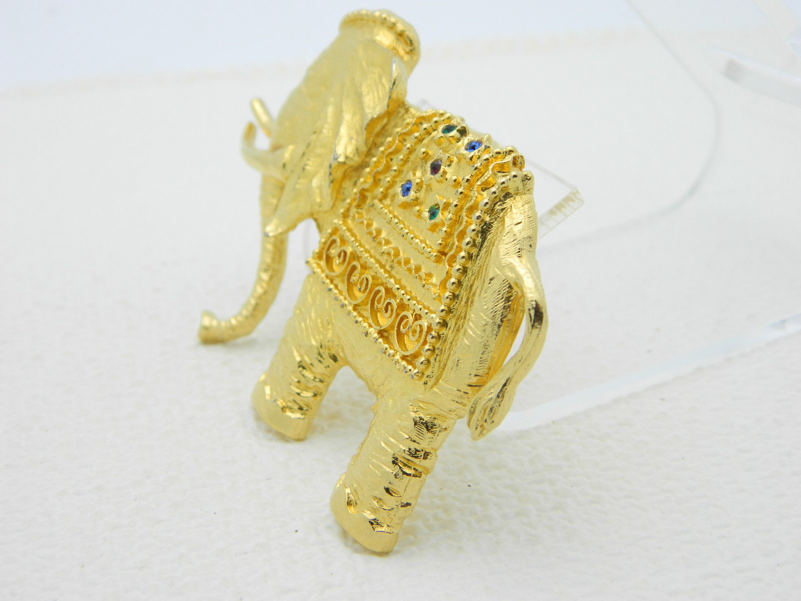 Vintage LG Lind Gal Gold Tone Large Elephant Multi-Color Rhinestone Pin Brooch