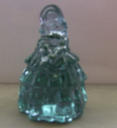 Boyd Crystal Art Glass Nancy Figurine Green mkd mint