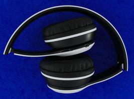 Headphone   p47   white   folded thumb200