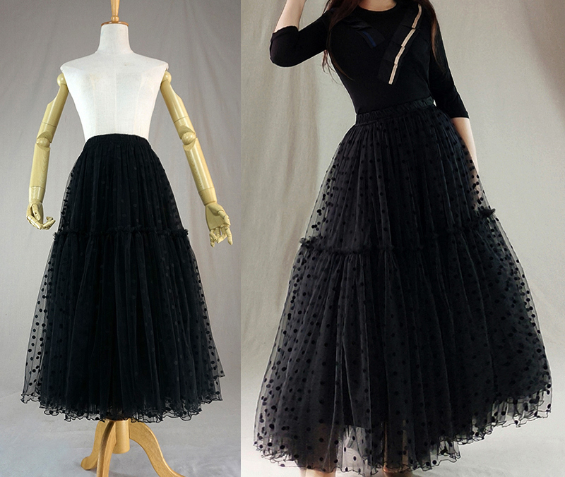 Tulle skirt black dot