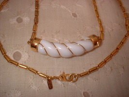 Vintage Jewelry Monet Choker Necklace - $14.00