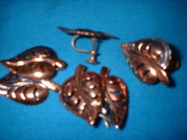 Vintage  Jewelry Copper Leaf Pins & Earrings set - $18.00