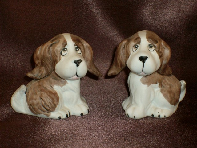 Ceramic Dog Figurines - Set of Two (2) Spaniels - Daisy & Pete, Cute Pair!