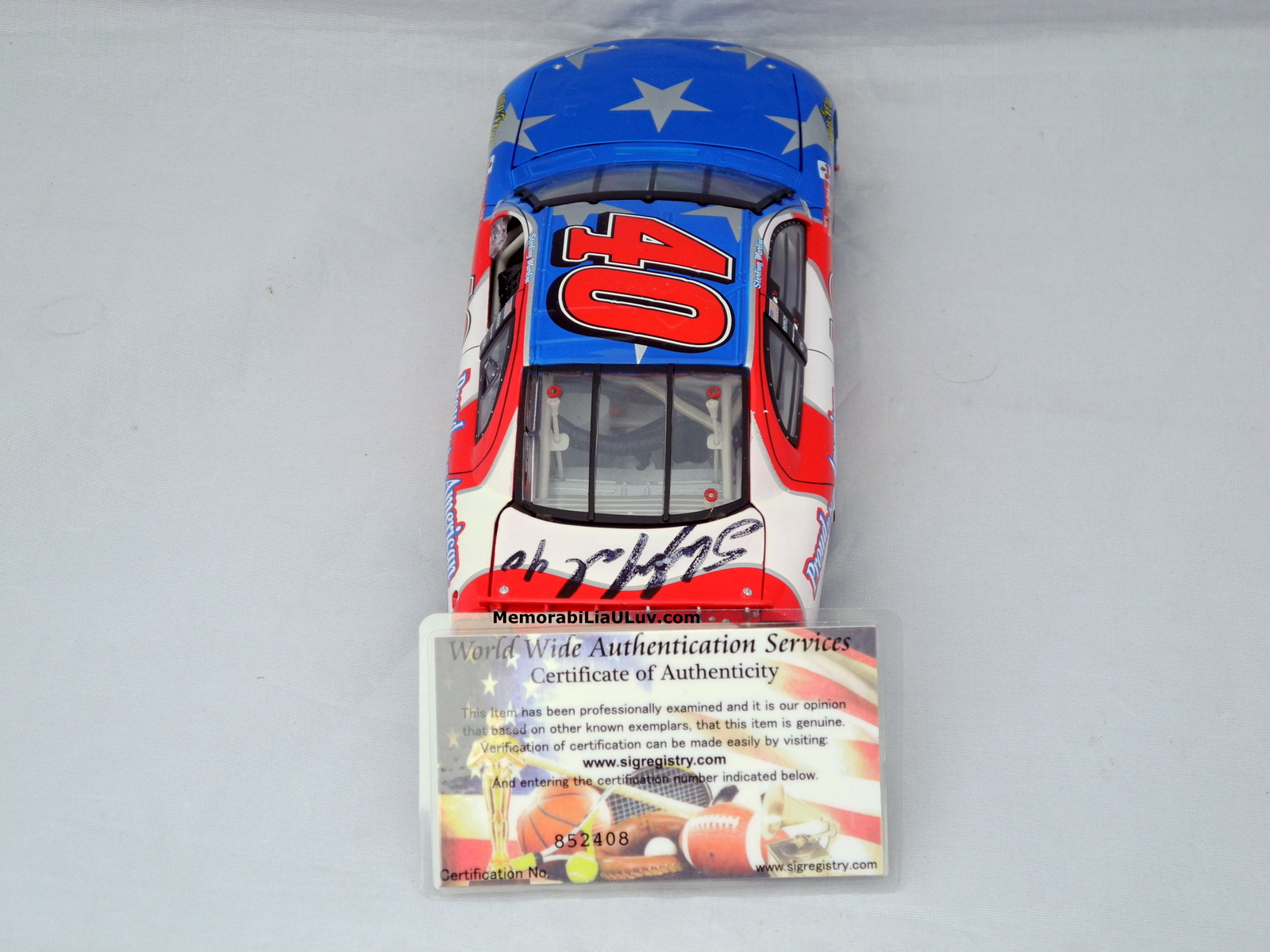 Sterling Marlin Proud to Be an American Signed 1:24 Diecast Model Nascar